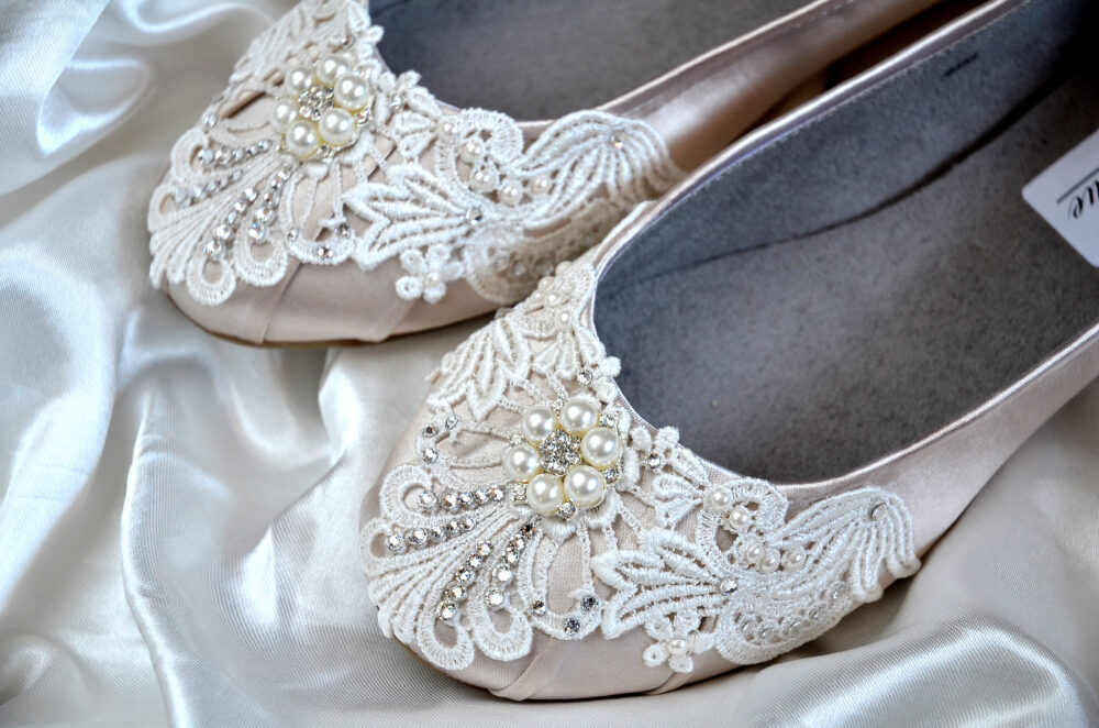 Wedding Shoes All Colors-Free Custom Colors, Ballet Flats, Bridal, Maid Of Honor, Party, Vintage Lace Women's Embellished Bridal