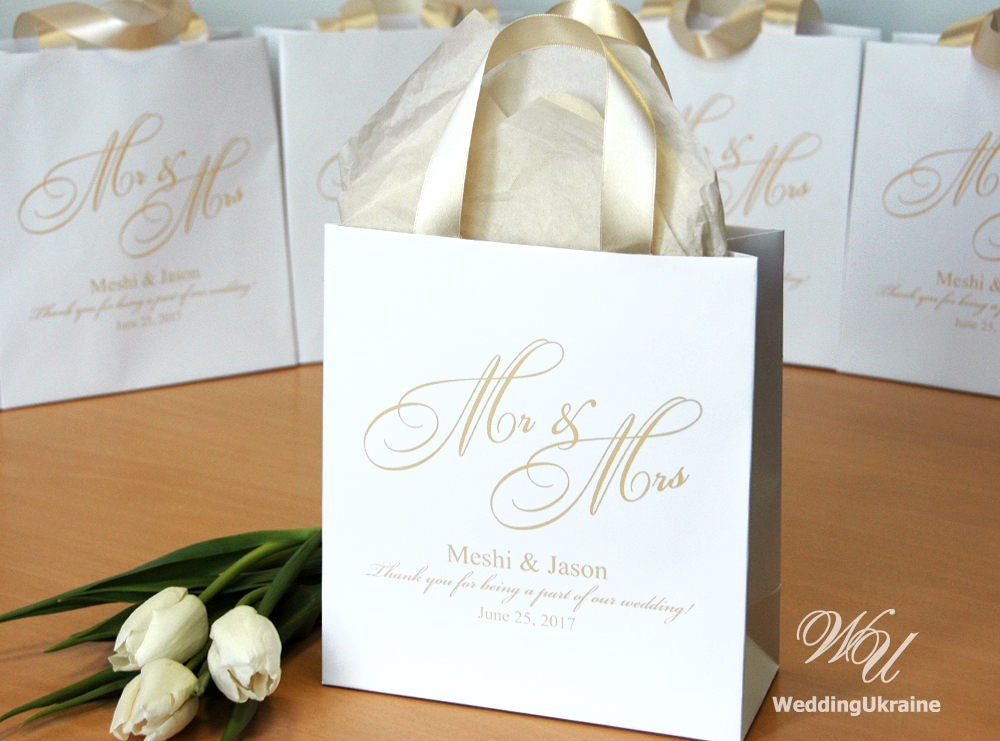 40 Mr & Mrs Welcome Bags With Champagne Satin Ribbon & Names, Personalized Wedding Gifts Favors For Guests, Custom Paper Bags