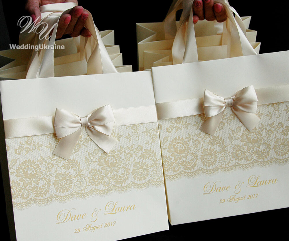 50 Welcome Bags With Champagne Satin Ribbon, Bow, Print Lace & Gold Names - Chic Personalized Ivory Paper Bags Weddings Gifts Favors