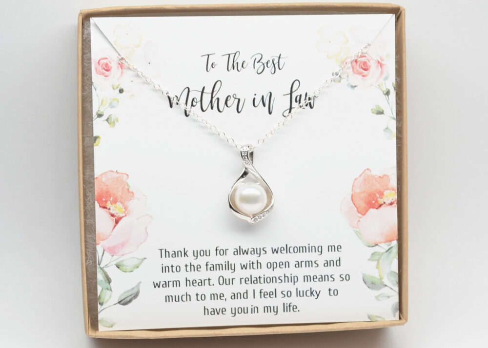Mother Of The Groom-Wedding Necklace-Halo Pearl Pendant-Mother in Law Gift-Mother Wedding Gift-Gift For Mom-stepmom Gift