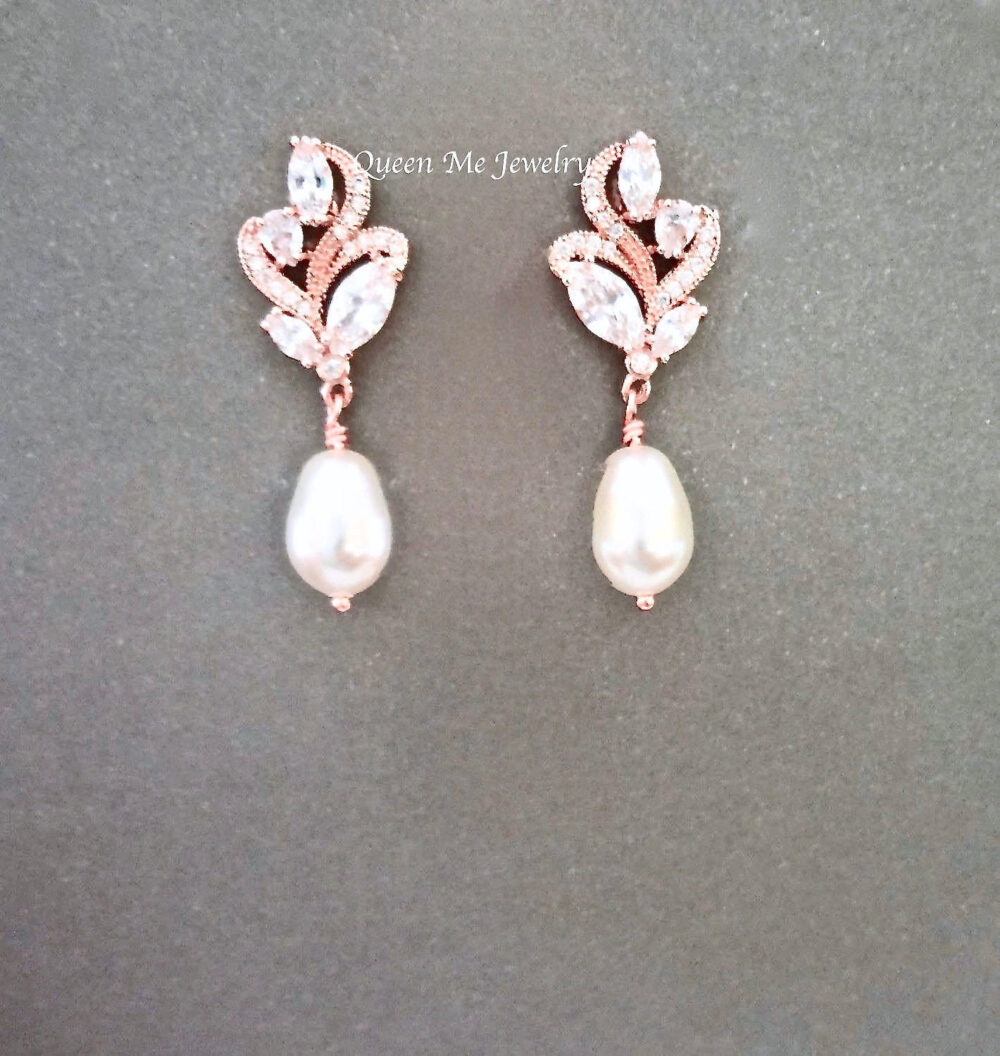 Pearl Drop Earrings For A Bride, Bridesmaids Earrings, Mother Of The Bride Groom, Wedding Bridal Jewelry, Gift Her. Lilly
