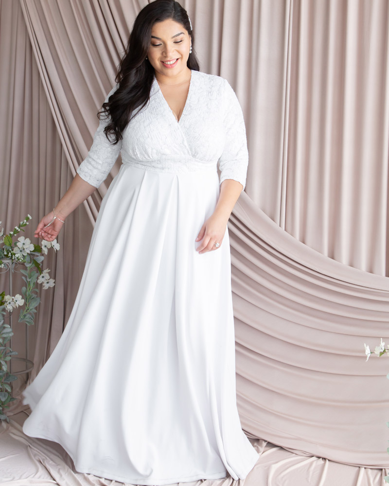 Kiyonna Womens Plus Size Starlight Sequined Wedding Gown