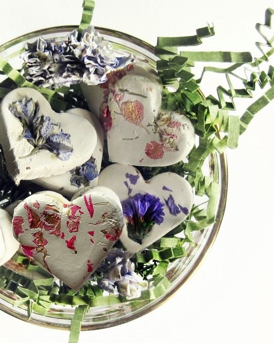 Botanical Wedding Favors, 120 Plantable Seed Bombs + Personalized Tags Cards, Wildflower Spring Wedding, Gardening