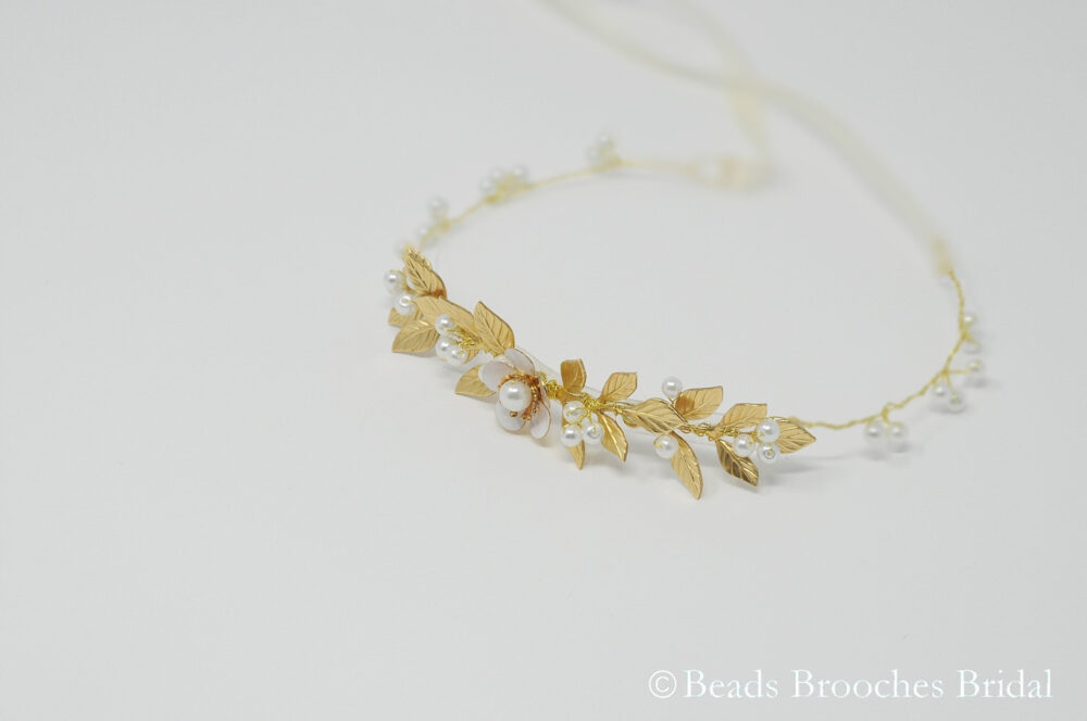 Gold Flower Girl Headband, Gold Crown, Leaf Wedding Girls Headband, Woodland Rustic Headpiece
