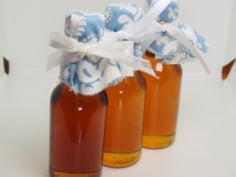 25 Fall Syrup Wedding Bottles, Maple Favor Mini Bottles For Favors
