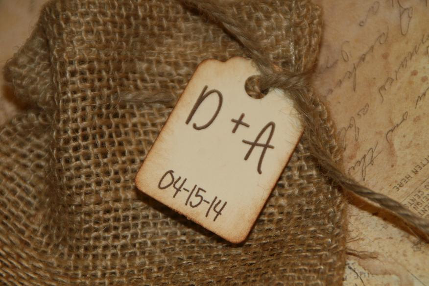 50 Burlap Bags Wedding Favors With Personalized Tag - Rustic Favor Initial & Date