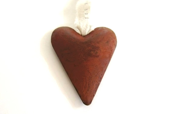 Rusty Heart/Country Wedding Decor, Favors, Metal Heart Ornament, Western Decor