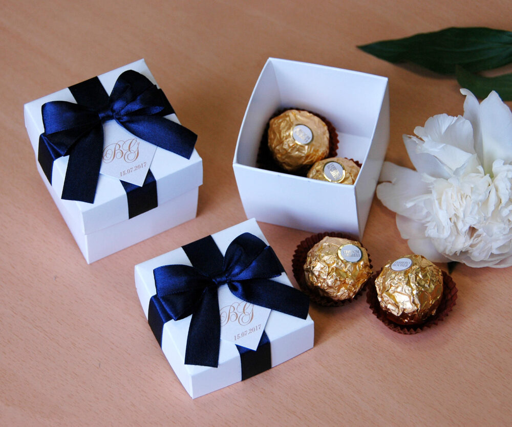 Navy Blue Wedding Bonbonniere - Elegant Wedding Favor Boxes With Satin Ribbon Bow & Personalized Tag Weddings Gifts Favors Candy Box