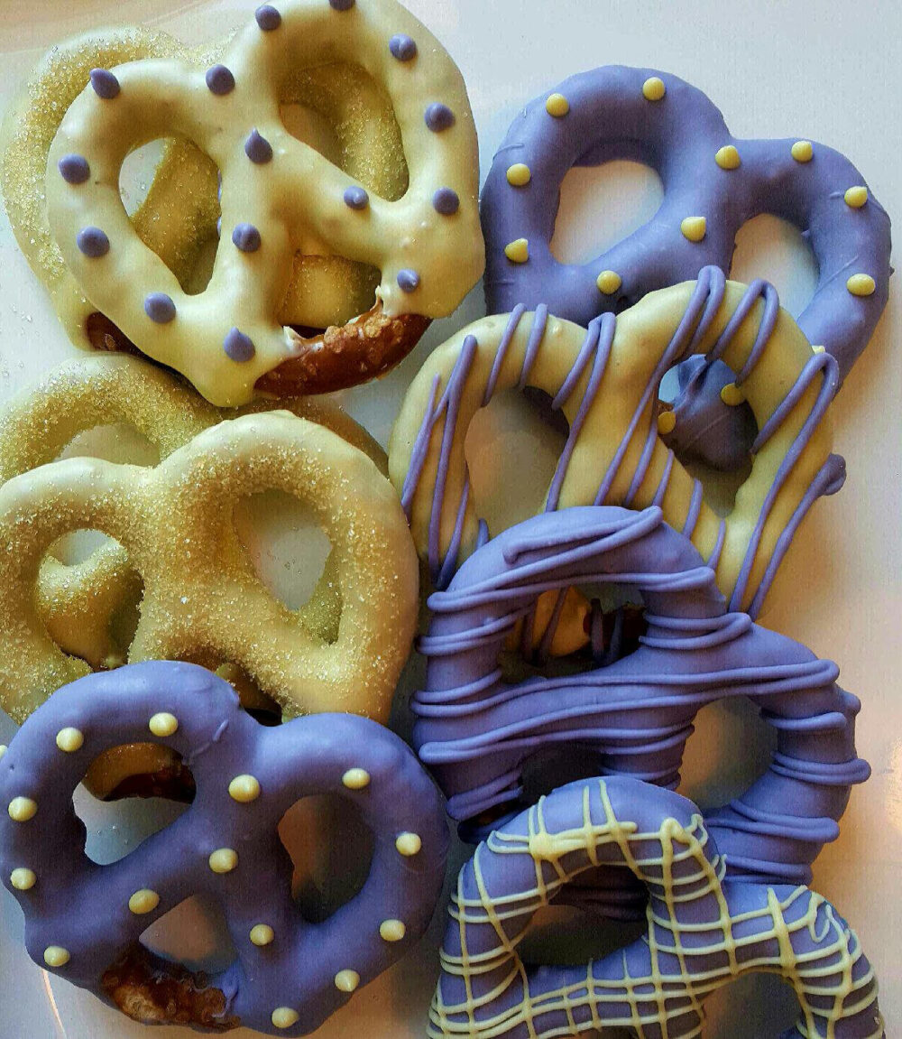 Lavendar & Pale Yellow Gourmet Chocolate Covered Pretzels Bridal Shower, Birthday Favors Wedding Party Baby Shower Mothers Day Gift Box