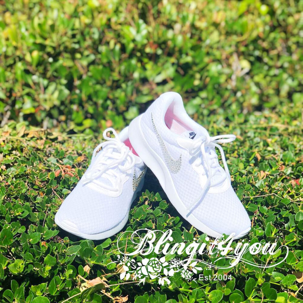 Bling White Nike Tanjun Shoes Swarovski Crystals Rn Shoes Clear Crystal Swooshes Bedazzled Wedding Dancing