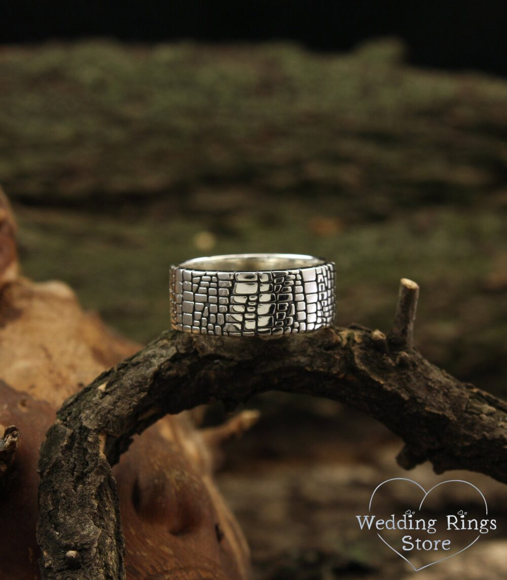 Skin Style Sterling Silver Band, Unique Men's Wedding Men's Large 9mm Wide Unusual Gift For Men