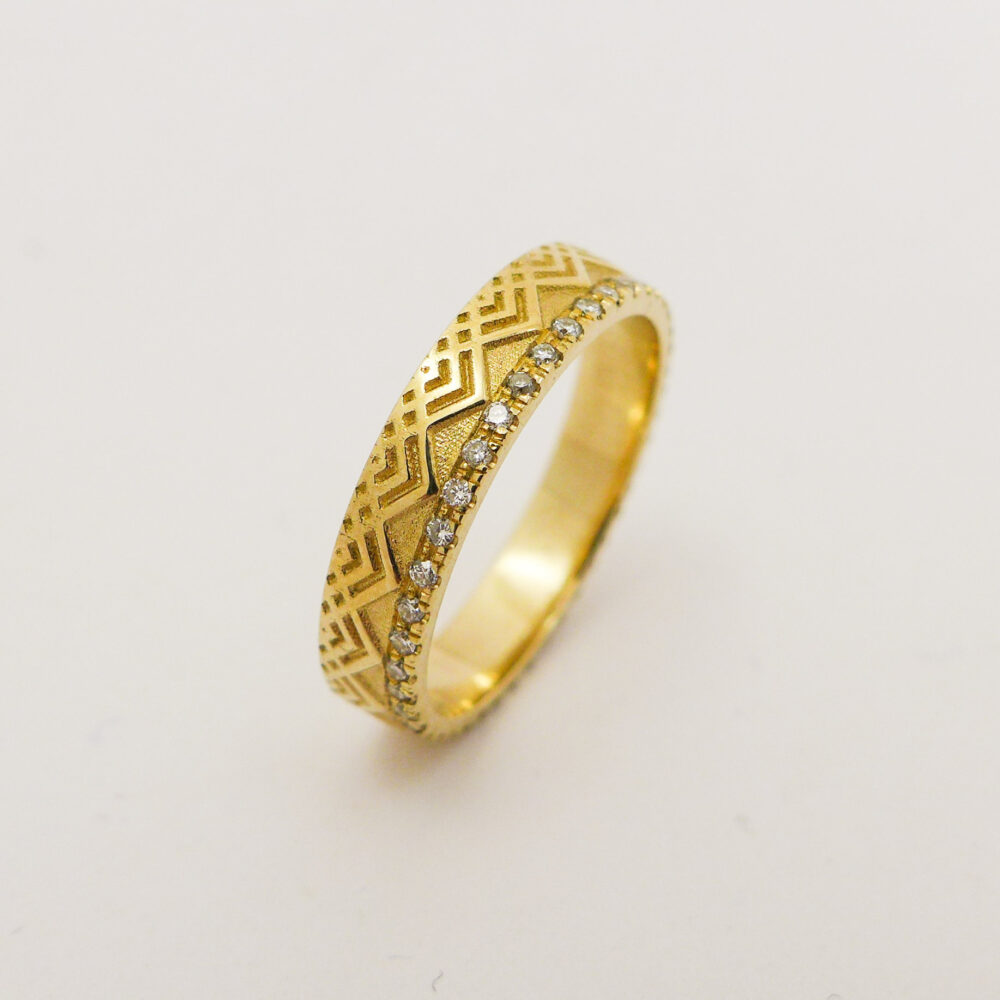 Unique Wedding Band For Men & Women Made Of 14K/18K Solid Gold Diamonds, Yellow White Rose Diamonds Engagement