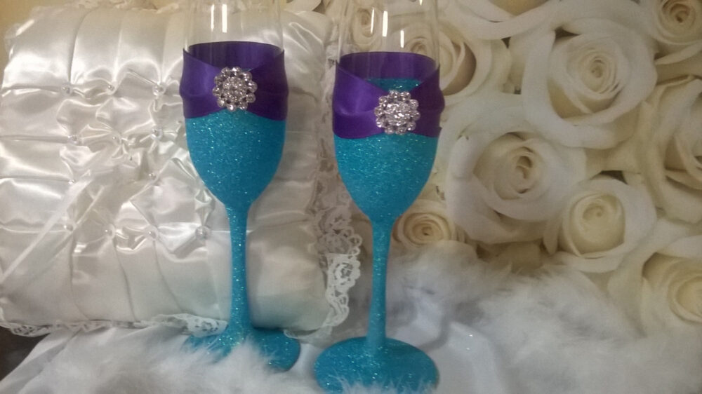 Wedding Toasting Flutes, Champagne Blue Glitter Glass, Purple Wedding, Bridesmaid Gifts, Bridal Shower Gift, Beach Wedding Theme