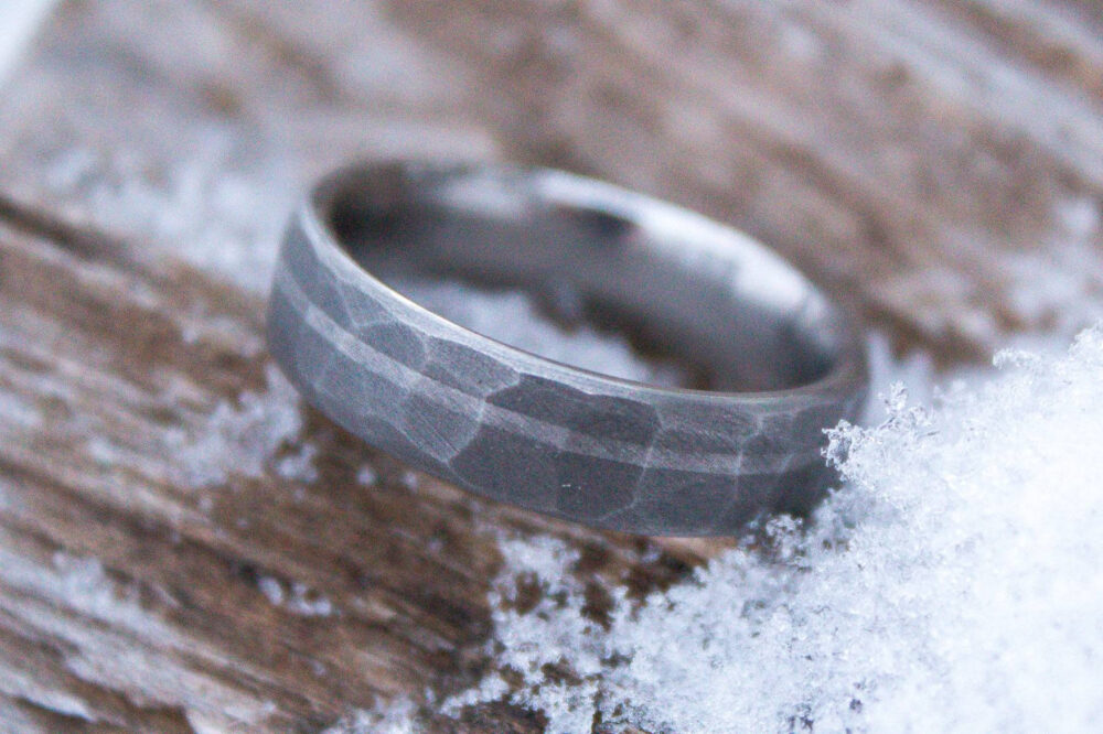 Faceted Titanium With Platinum Inlay - 6mm Men's Wedding Band, Manly Ring, Sandblasted, Hammered Texture, Grey & Silver