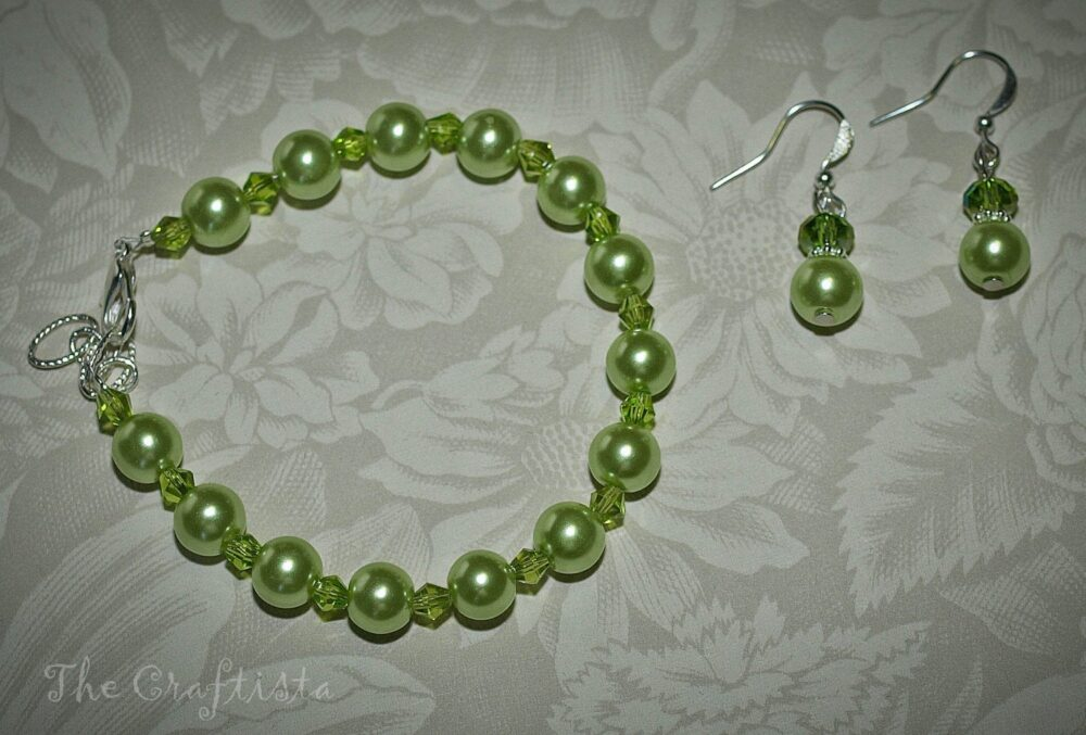 Set Of Bracelet & Earrings Apple Green Glass Pearls Swarovski Crystals Bridesmaids Flowergirls