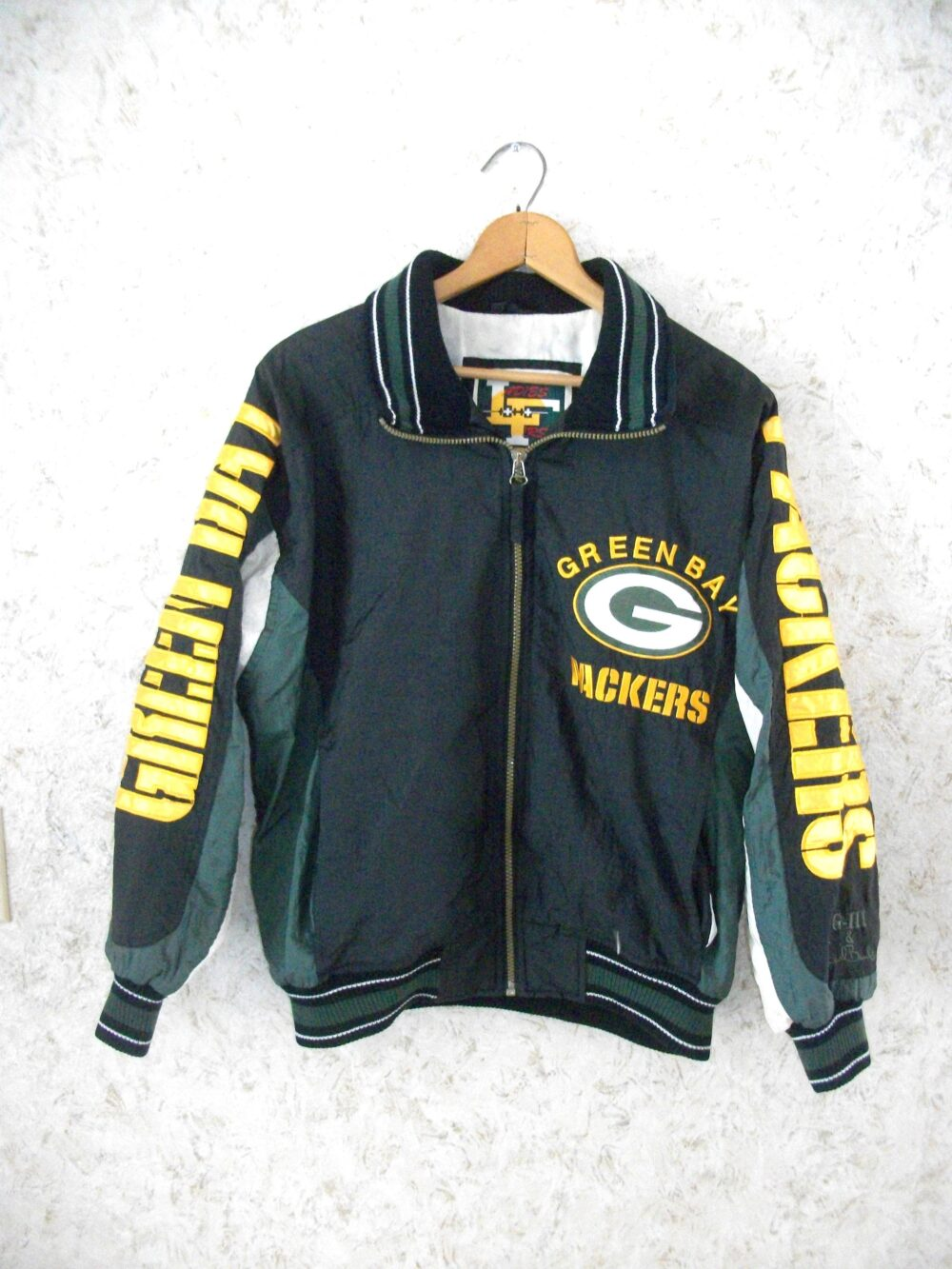 Vintage 90S Green Bay Packers Giii Carl Banks Nylon Jacket Zippered Front Black Gold G Logo Nfl Football Ladies First Womens Small