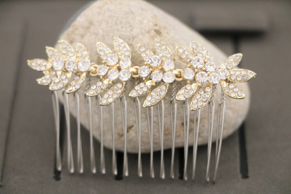 Crystal Bridal Hair Comb, Rose Gold Comb For Bride, Wedding Veil Headpiece, Available in Rose Gold, Silver Or Gold, Hair Piece, Crystal Comb