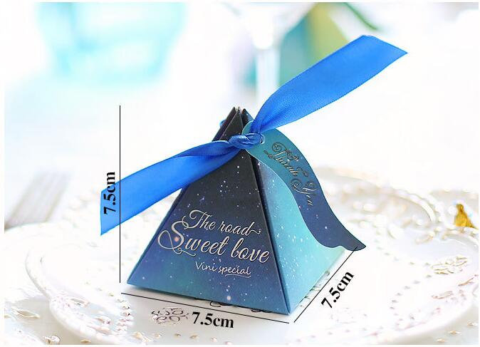 50Pcs, 100Pcs Blue Triangular Gift Box With Starry Sky Galaxy Vintage Wedding Candy Favors & Gifts Bag Party Decorations