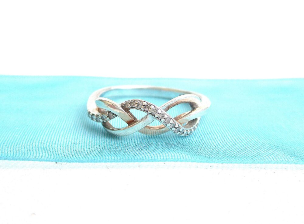 Vintage 14K Gp 925 Diamond Infinity Band Ring in Us Size 6 3/4 - Hallmarked 20 Chips Ny Estate Jewelry