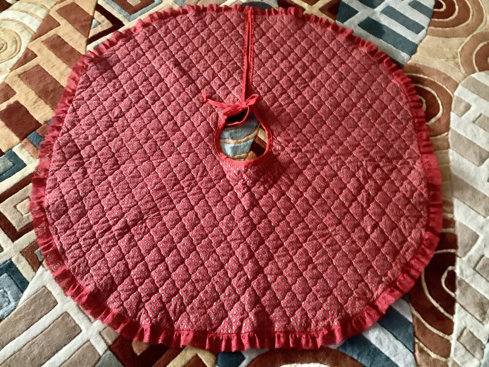"Quilted Christmas Tree Skirt | 46"" Diameter Red, Green, Print Cotton Lace Trimmed"