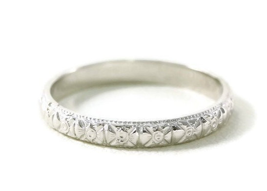 Stunning Antique Art Deco Styled Design Platinum Wedding Band/Ring