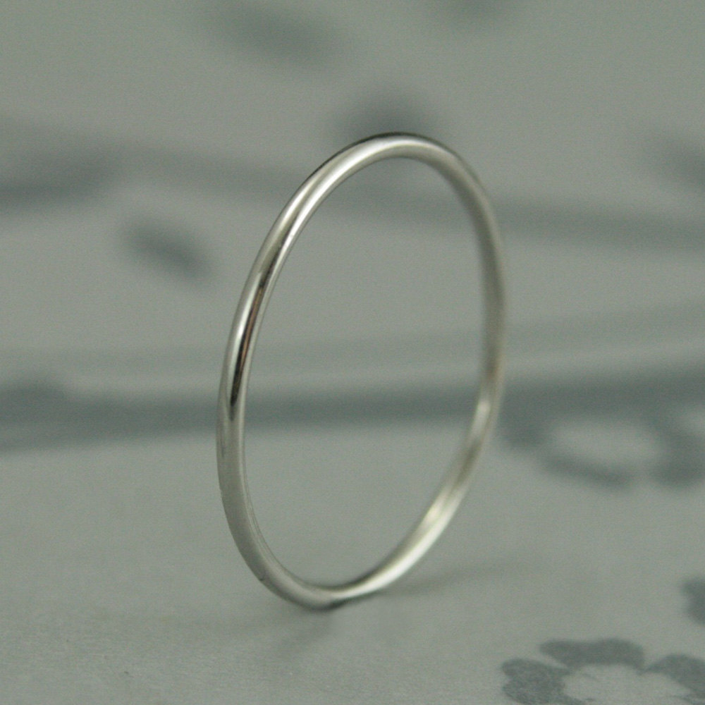 Thin Platinum Band~1mm Round Band~Roll Me Ring~Platinum Spacer Ring~Solid Spacer~Platinum Stacking Ring