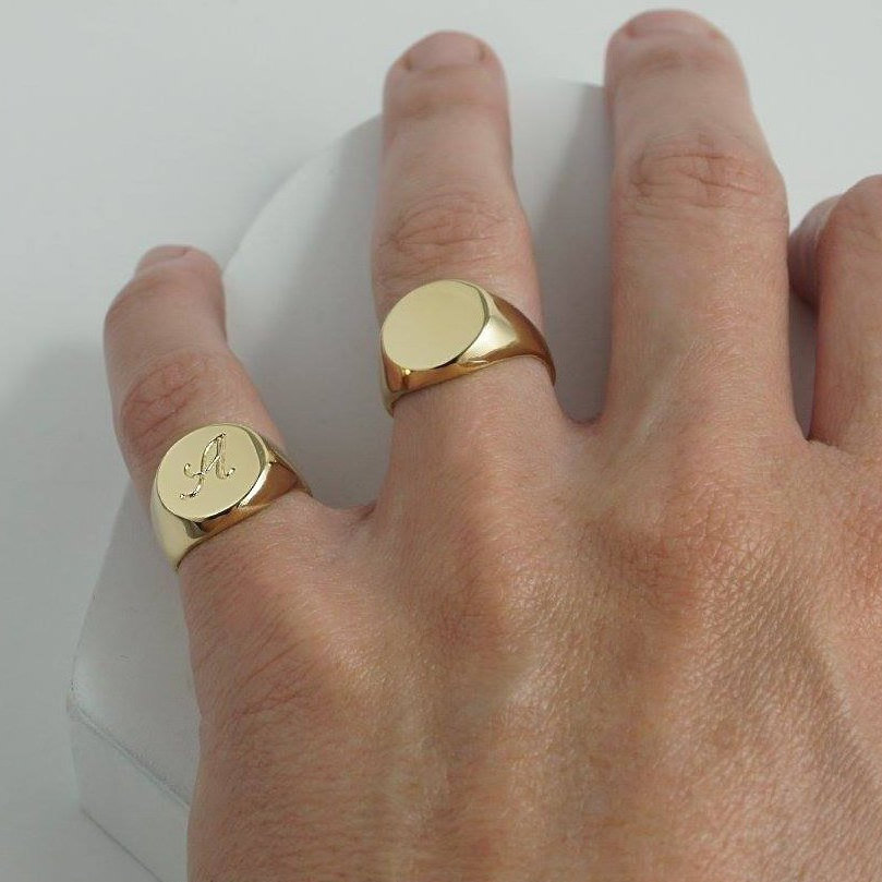 Signet Ring For Men & Women With Custom Engraving, Men's Pinky in Gold/Silver, Personalized Initial Engraving