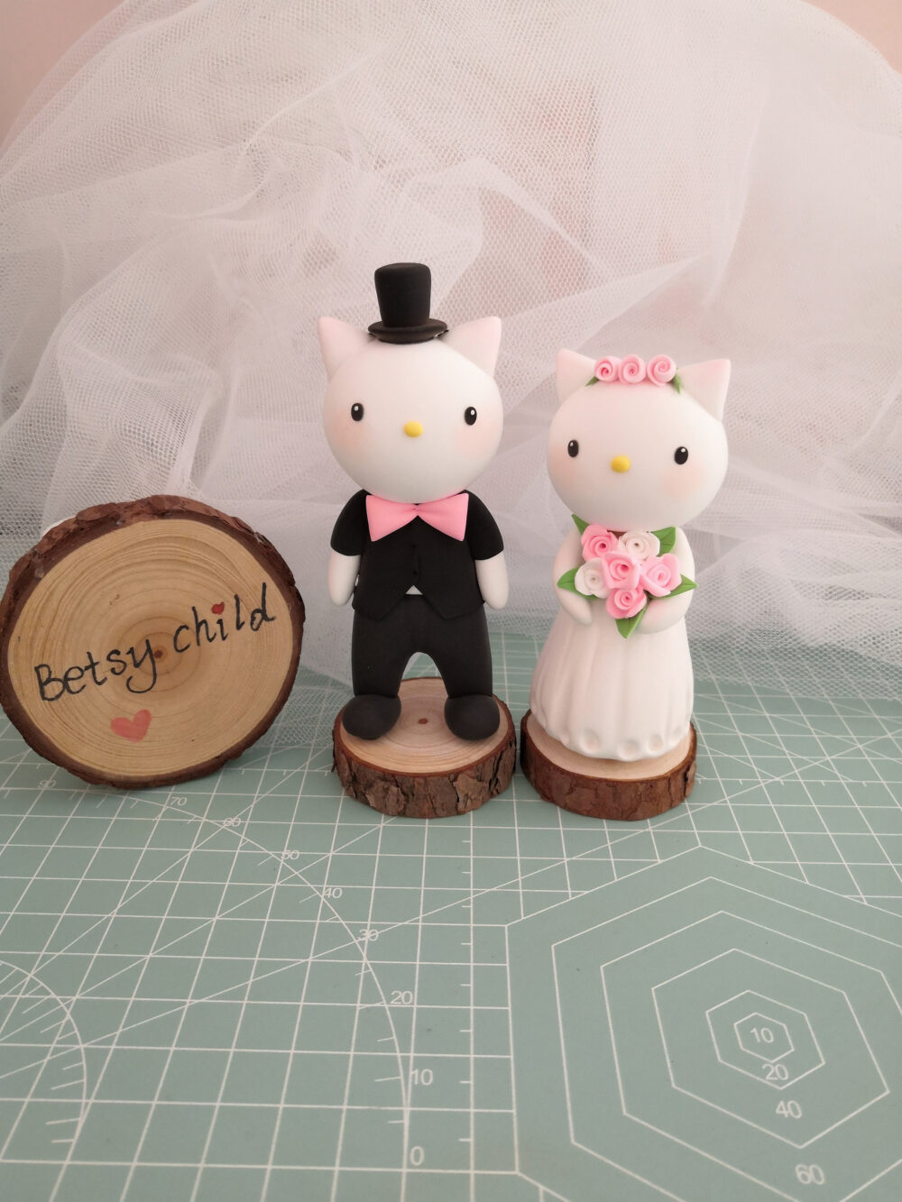 Betsy Child Cat Wedding Cake Topper Figurines Bride & Groom Custom Cake Topper