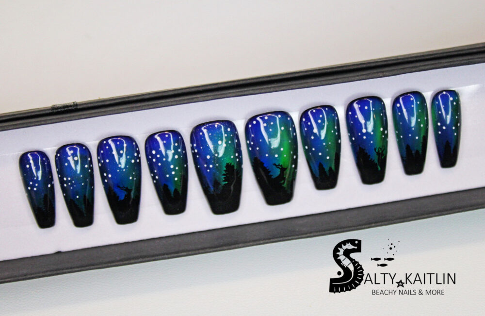Northern Lights Enchanted Forest Silhouette Aurora Mood Changing Press On Gel Nails