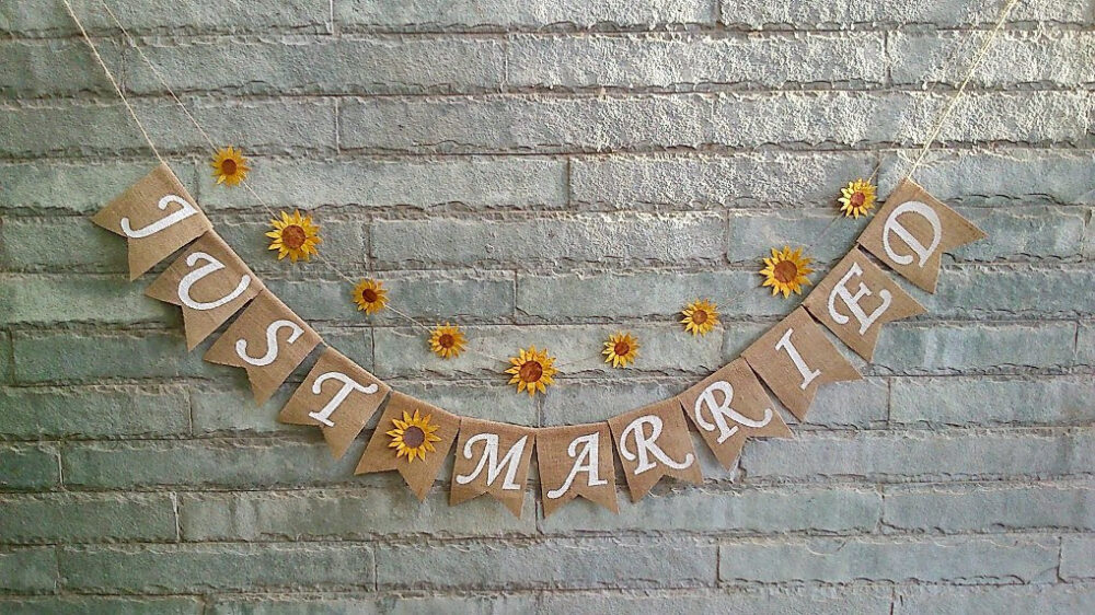 Just Married Sunflower Banner, Rustic Wedding Banner, Bunting, Sign, Decoration, Car Photo-Prop