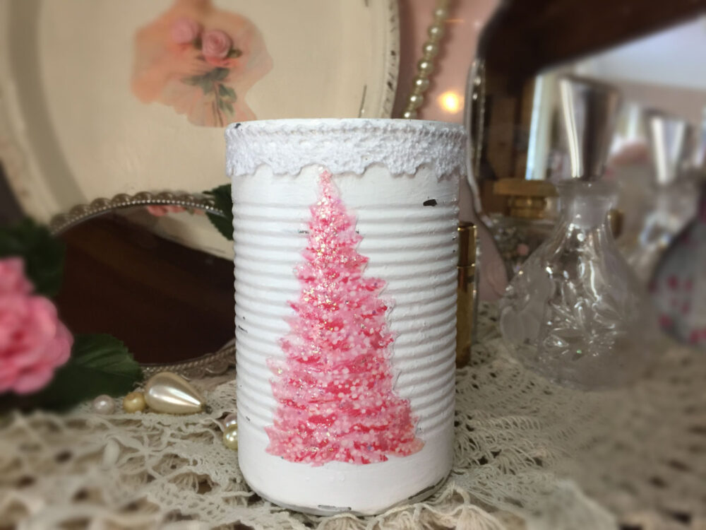 White & Pink Christmas Tree Shabby Chic Retro Painted Small Tin Can Lace Trim Glitter Xmas Decor Table Centerpiece Candle Holder Vase Gift