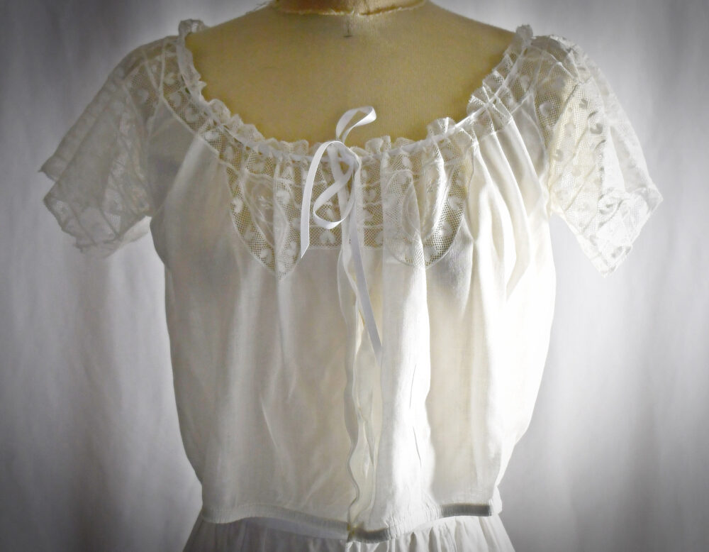 Antique Edwardian White Cotton Button Front Camisole Blouse With Hand Embroidery Pieced Heart Lace Sleeves & Inset 38 Inch Bust