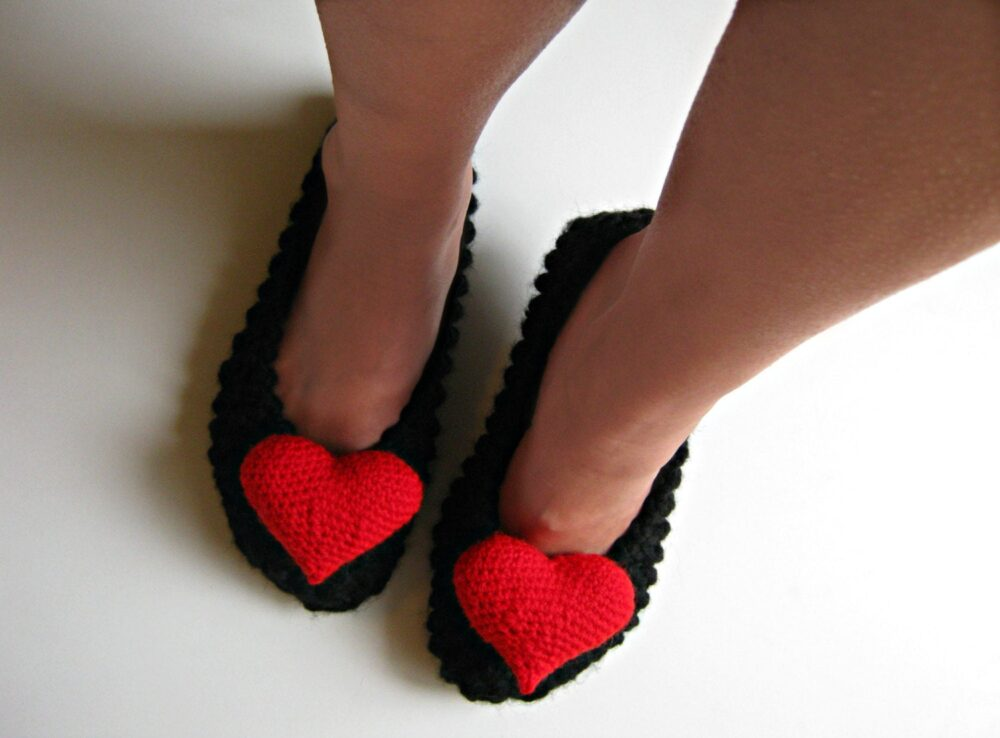 Women's Slippers, Knitted Ballet Flats, Valentines Heart, Chunky Knit, House Shoes, Christmas Gift, Gift For Her, Womens