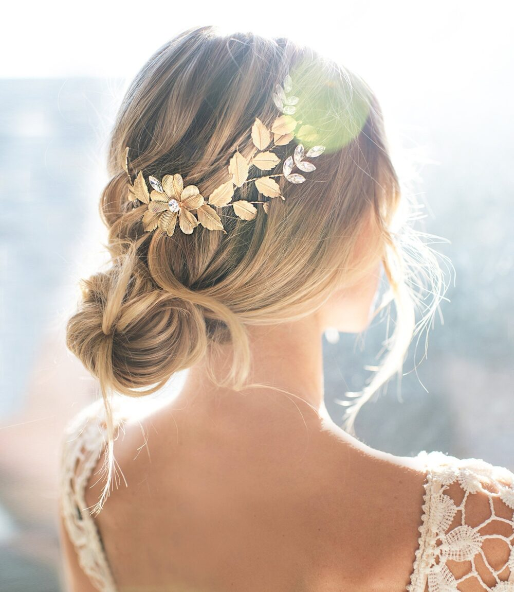 "Wedding Hair Accessory Comb, Vintage Boho Style Leaf Flower - ""'april'"