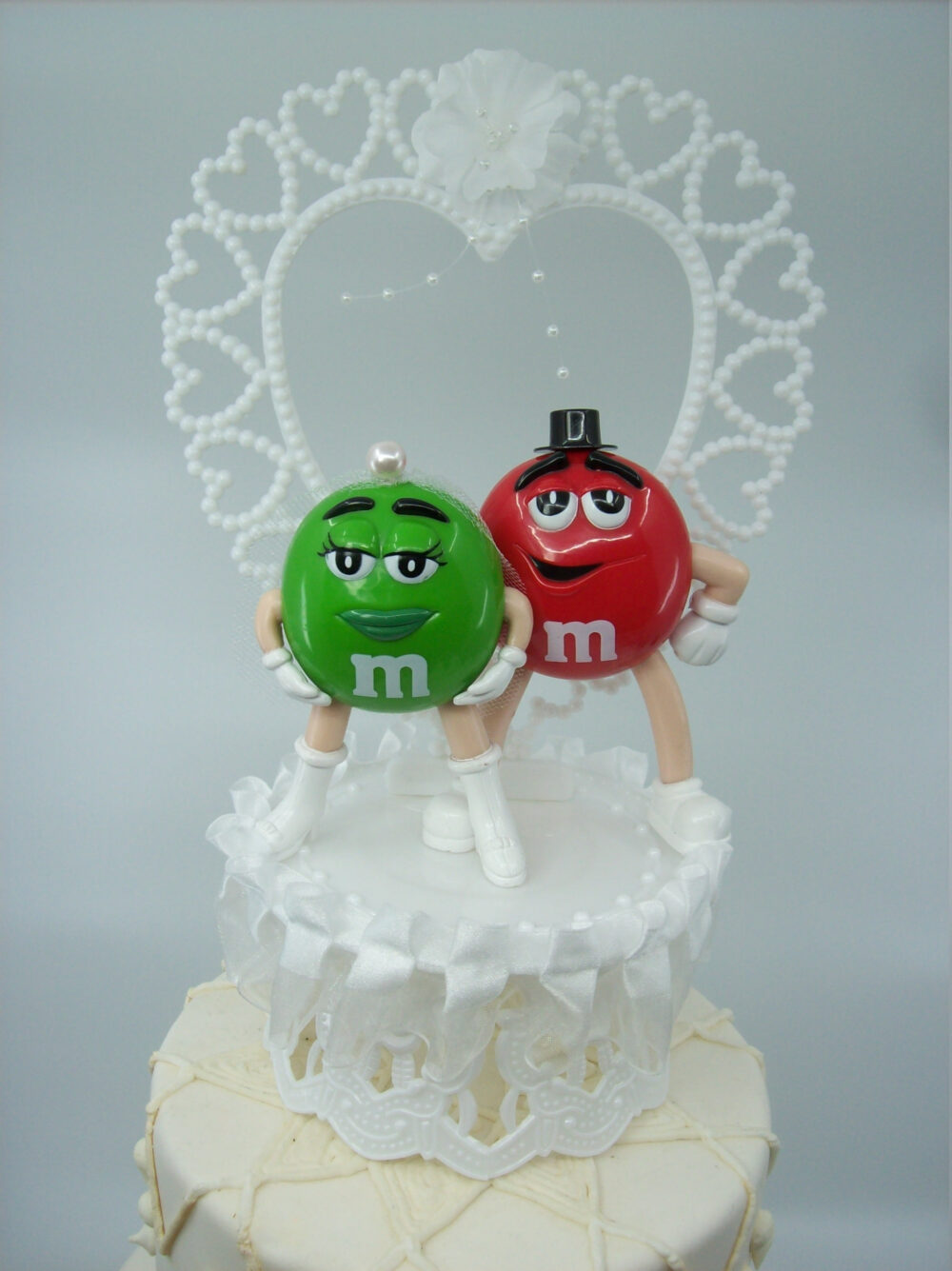 Funny M & Green & Red Bride Groom Wedding Cake Topper Cute Adorable Comics Classic