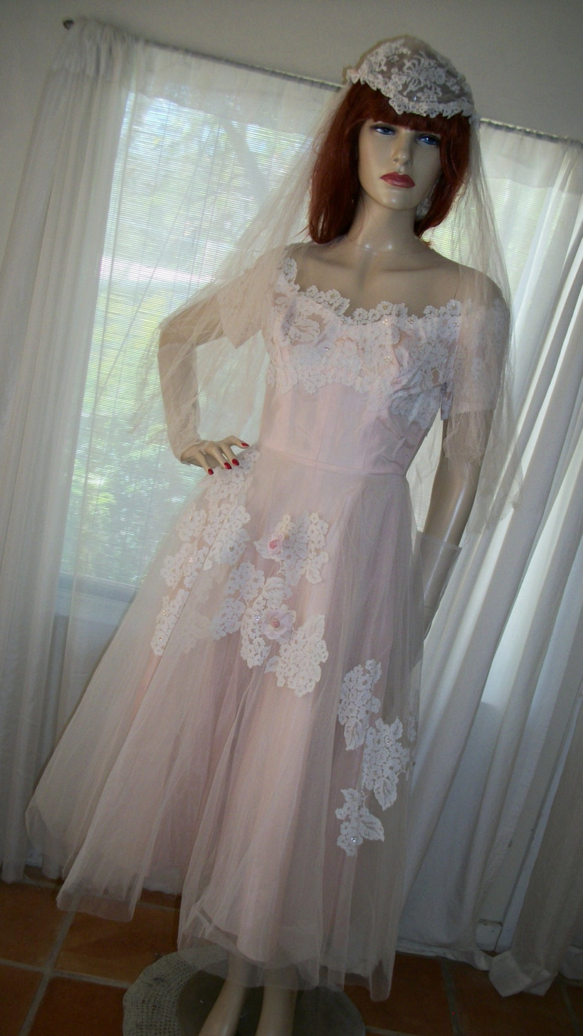 1940S 1950S Authentic Vintage I Magnin Blush Pink Tulle Wedding Gown Veil & Gloves Size S Gorgeous & Co