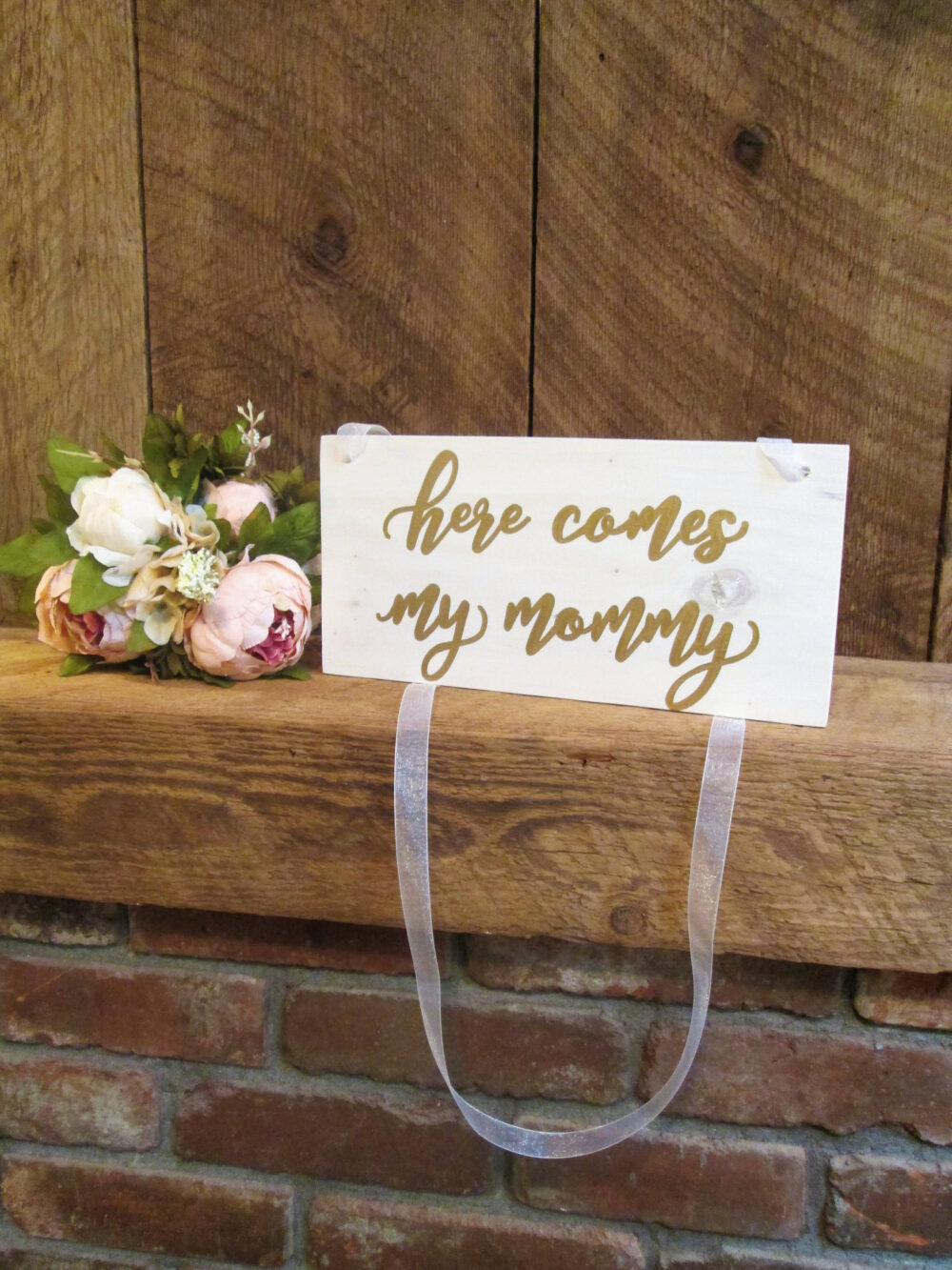 Here Comes My Mommy Ring Bearer Sign, Wooden White & Gold Wedding Decor, Rustic Wood Sign