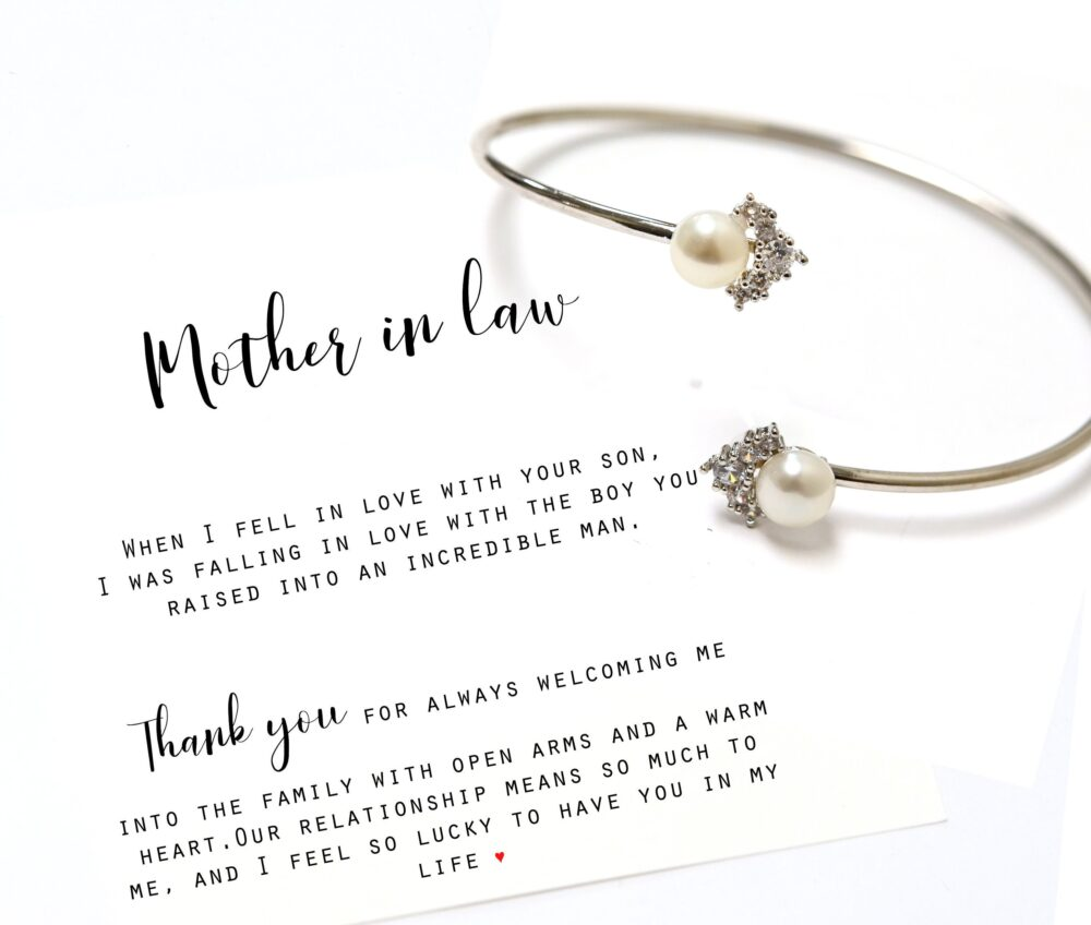 Mom Gift From Daughter Bracelet Mother in Law Step Mom Bonus Mother Of The Groom Wedding Fresh Water Pearl