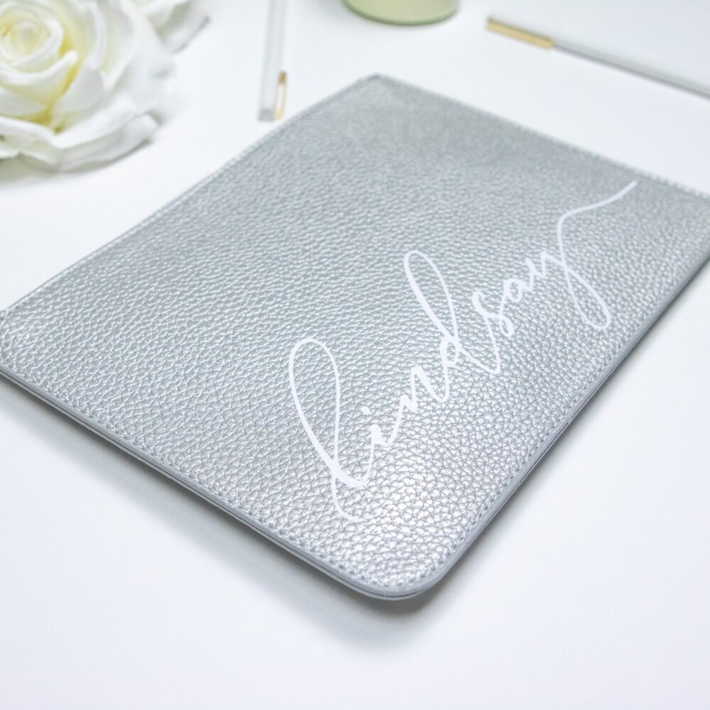 Silver Personalized Vegan Leather Clutch Bag - Cursive Script Custom Name Makeup Cosmetic Bag Mom Friend Gift Bridesmaid B-Cb05Sv