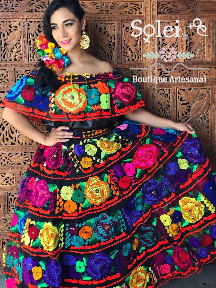 Traditional Mexican Chiapaneco Dress. Yarn Embroidered Floral Off The Shoulder Formal