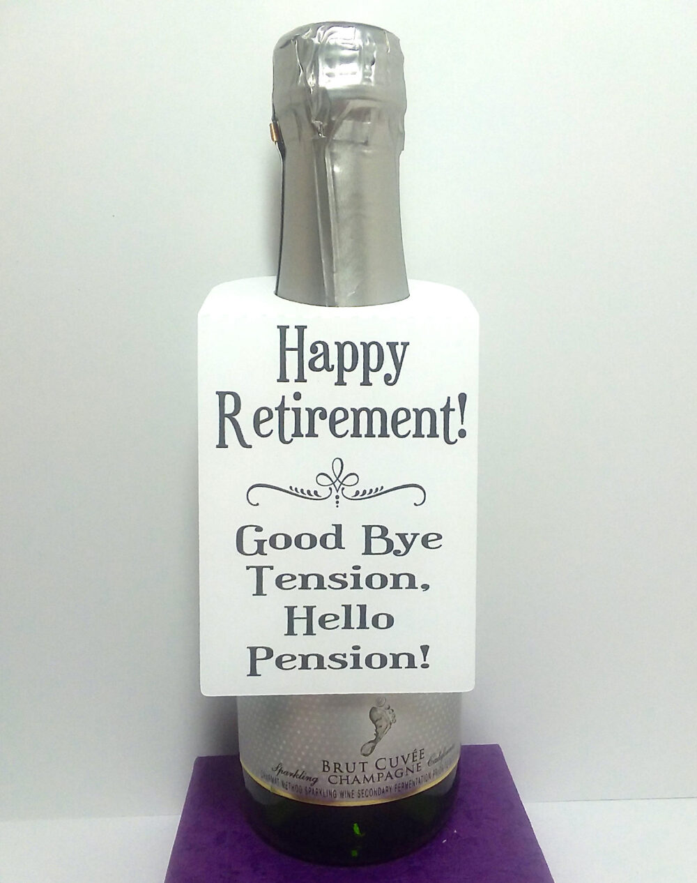 12 Happy Retirement Wine Bottle Hang Tags-Customizable-Wedding/Shower/Baby Shower/Retirement/Birthday/Holiday Gift/Personalized