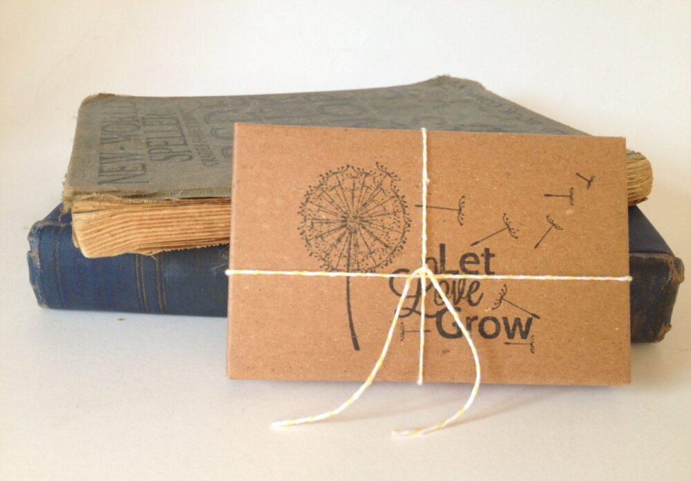 Seed Wedding Favors. Let Love Grow. Set Of 10 With Custom Stamp. Eco-Friendly Gifts. Garden Favor