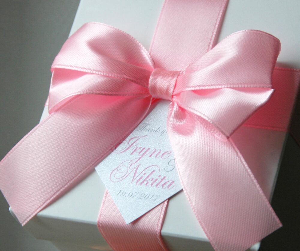 Wedding Favor Boxes With Light Pink Satin Ribbon, Bow & Tag, Weddings Favors Box Names, Personalized Favors Box, Wedding