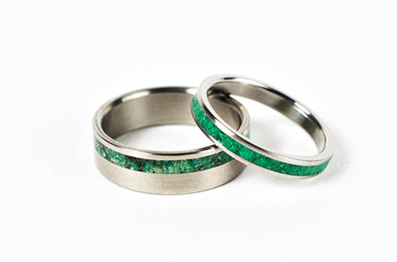 Malachite Wedding Band Set, Titanium Bands