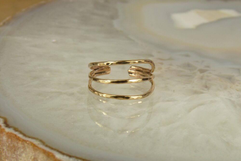 Toe Ring, 14 Kt Goldfill Ring, Midi Hammered Band Ring