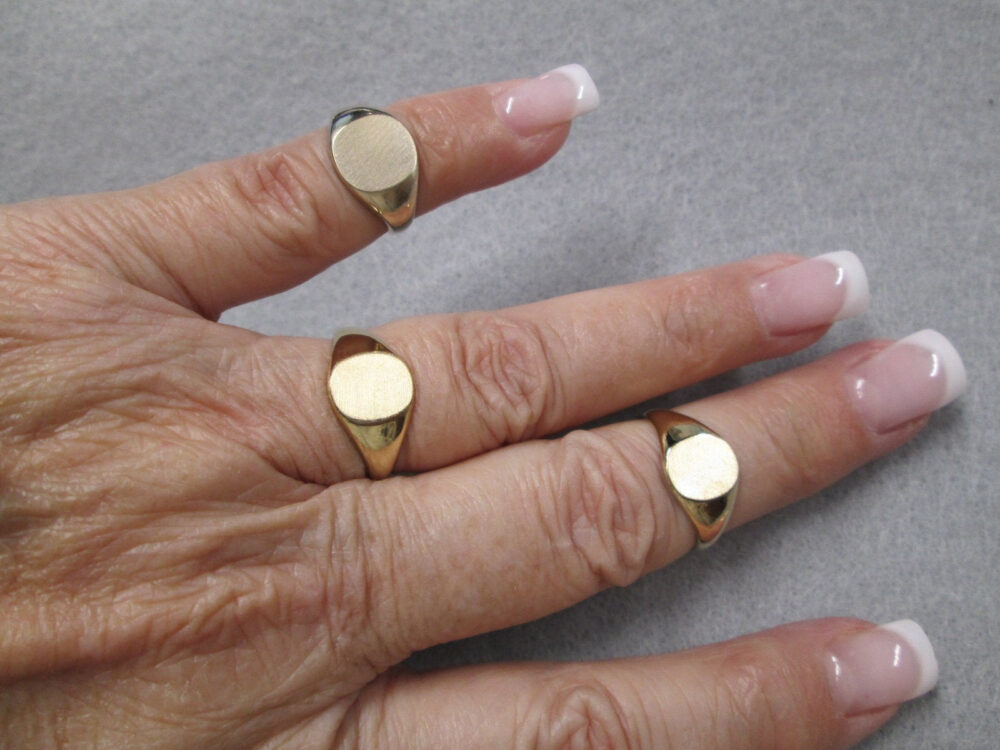Beautiful 10Kt. Gold Signet Rings> Unisex Design>Mid Size> Monogram> Initial Ring>Engravable>Vintage 60's, New Old Stock>#r3