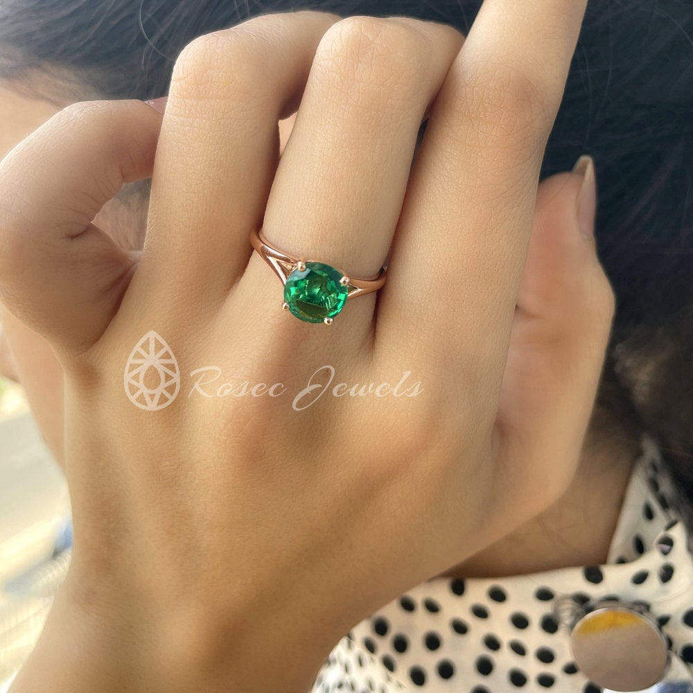 Solitaire Promise Ring, 2 Ct Diffused Emerald Moissanite Split Shank Ring