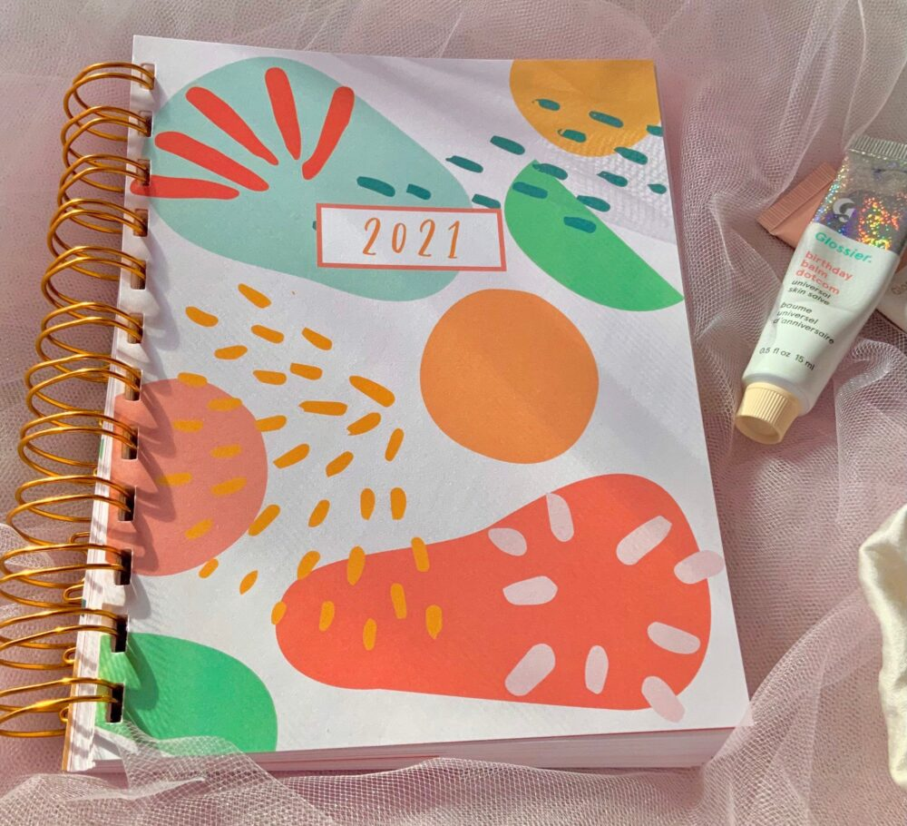 2021 Aesthetic Planner, Daily, Weekly, Monthly, & Yearly Academic Cute Hand Designed School Supplies
