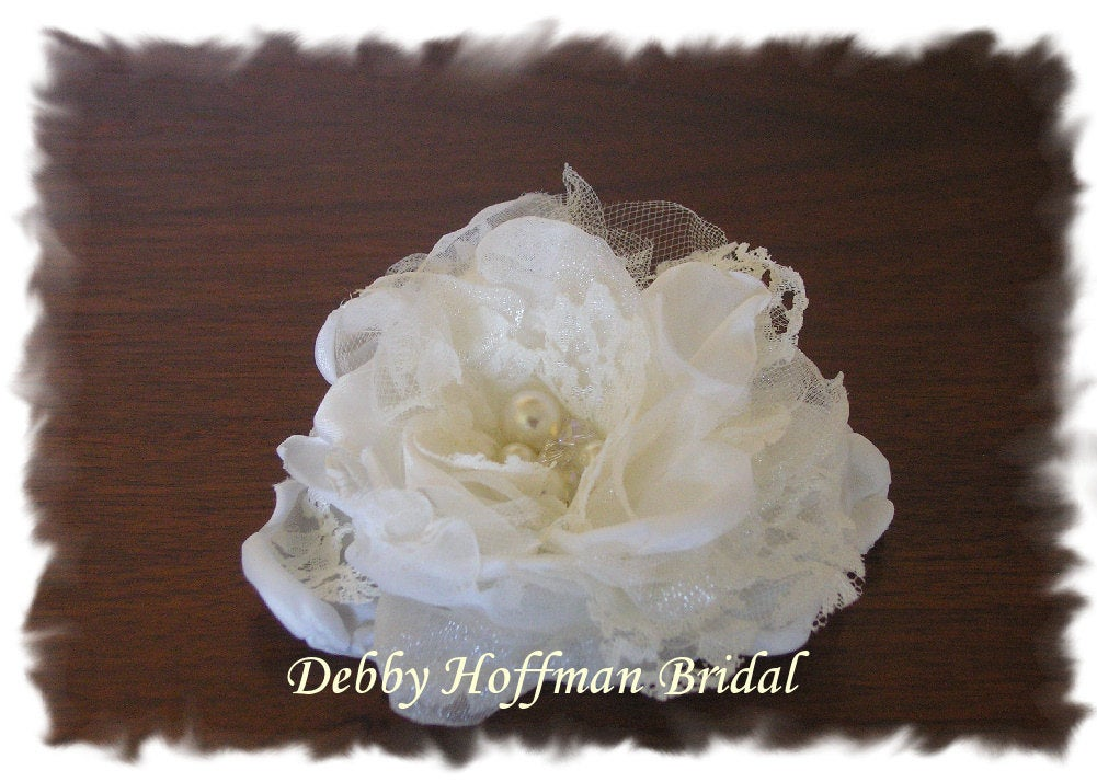 Bridal Hair Flower, Floral Comb, Small Wedding Flower Clip, Headpiece With Pearls, Swarovski Crystals, No 1002F2.5