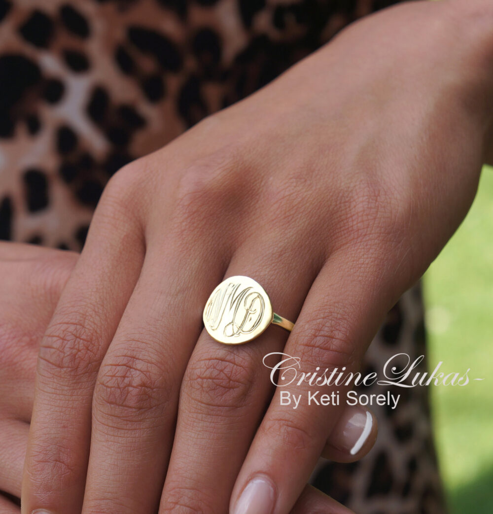 10K, 14K Or 18K Solid Gold Engraved Round Disc Ring in Yellow, Rose White Gold, Signet Ring, Monogram Initials Ring